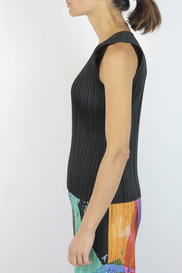 Pleats Please Issey Miyake Basic Top