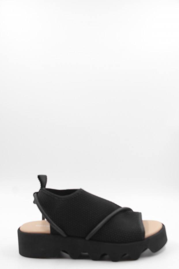 Issey Miyake Bind Elastic Sandal