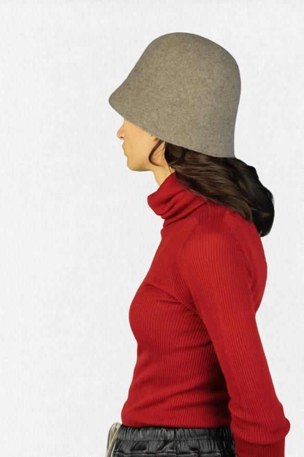 MATURE ha. Bell Hat Lamb
