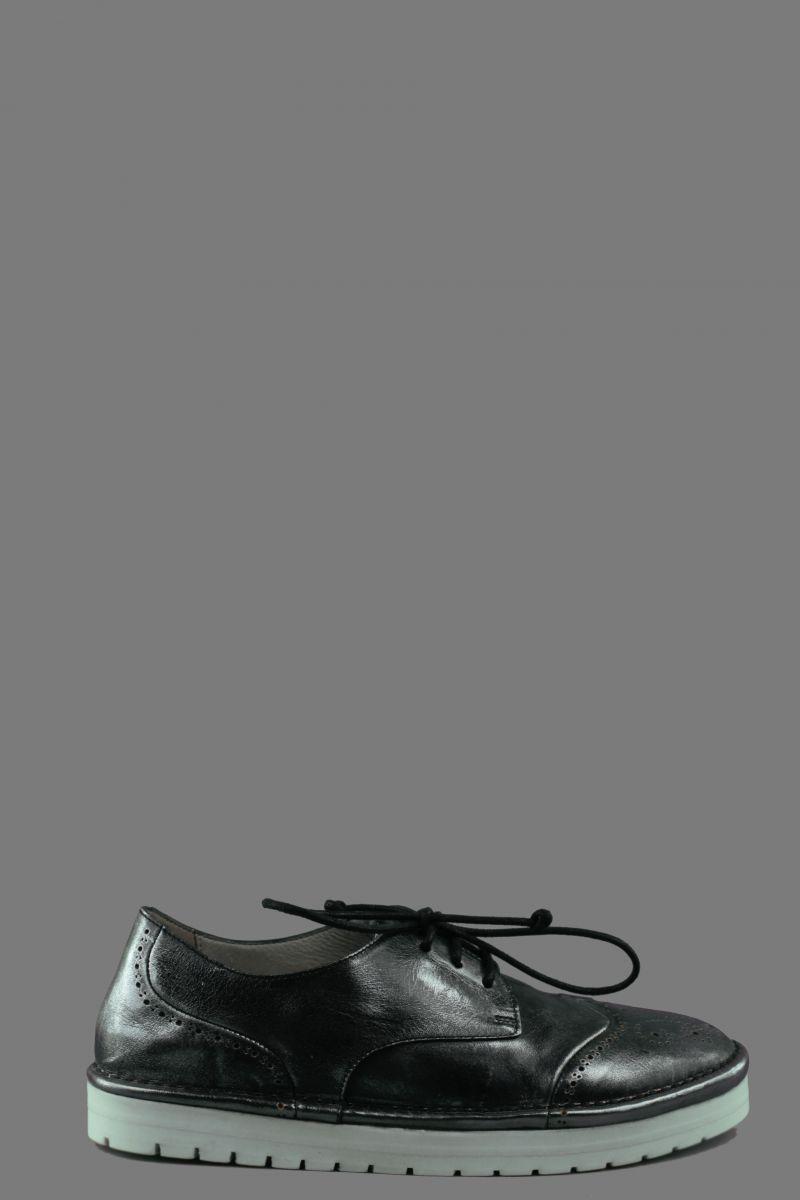 Sancrispa Laced Shoes